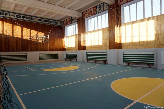 В районе продолжается модернизация спортивных объектов