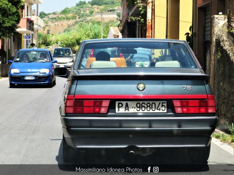 avvistamenti auto storiche - Pagina 27 Alfa-Romeo-75-1-8-120cv-89-PA968045-159-620-22-6-2018-3