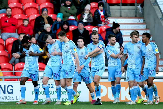 https://i.ibb.co/2hdVHF6/coventry-city.png