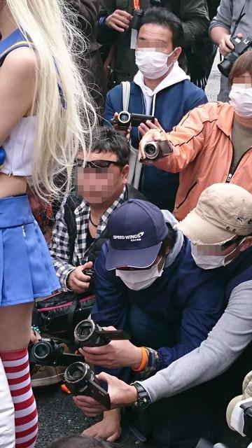 有日本特色的 COS 裙底拍摄