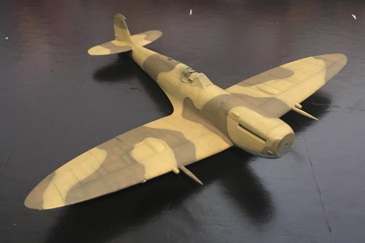 Spitfire Mk IX - Eduard 1:72 - Page 2 IMG-1617