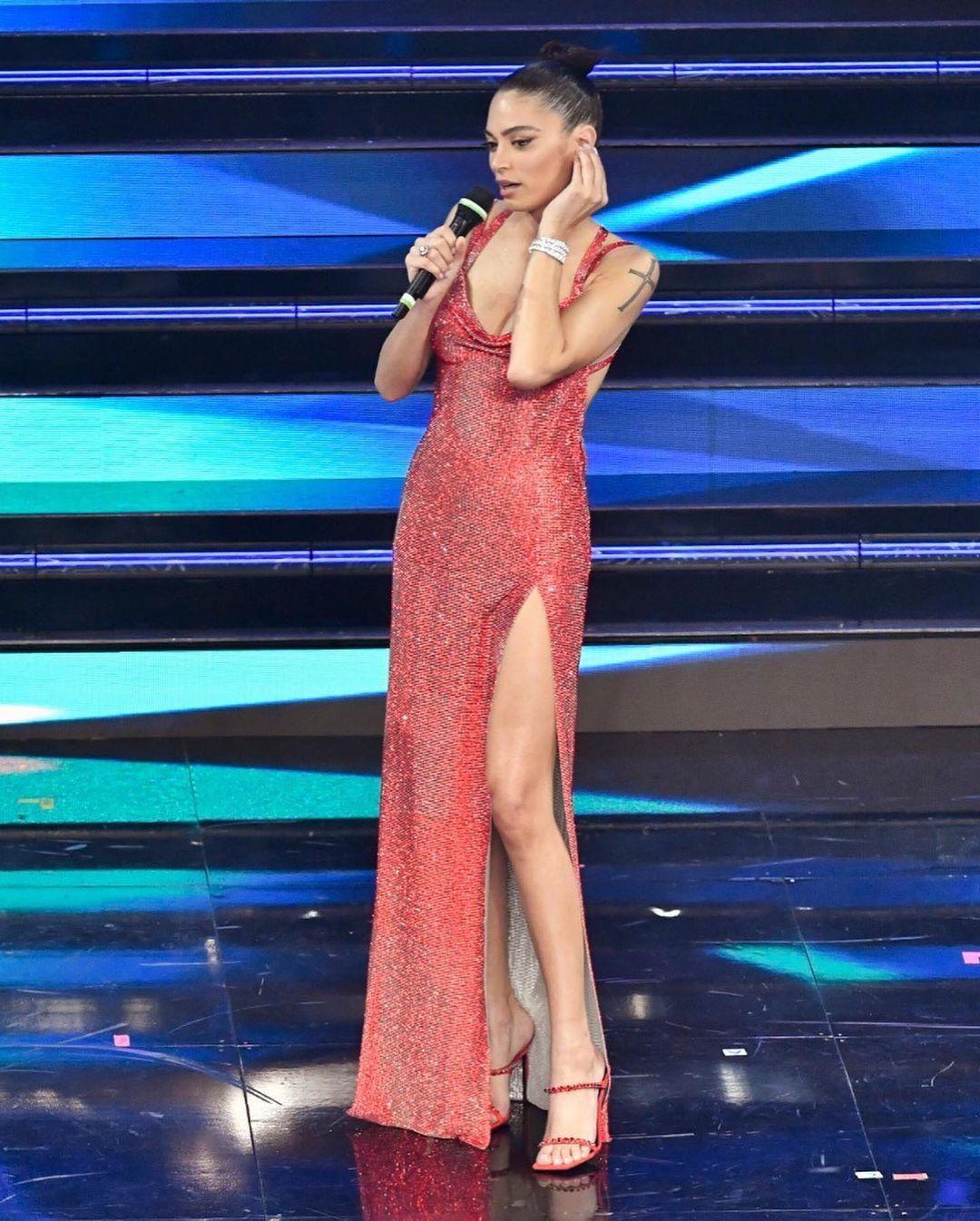 Sanremo 2021: i voti ai look della seconda serata
