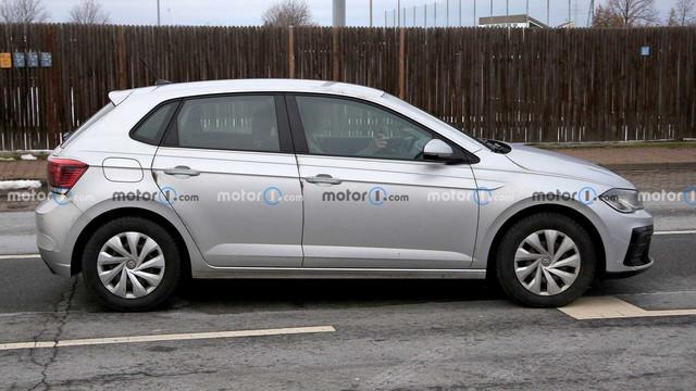 2021 - [Volkswagen] Polo VI Restylée  - Page 4 9-A9-A516-B-058-F-4152-832-A-D26-D06589-E9-C