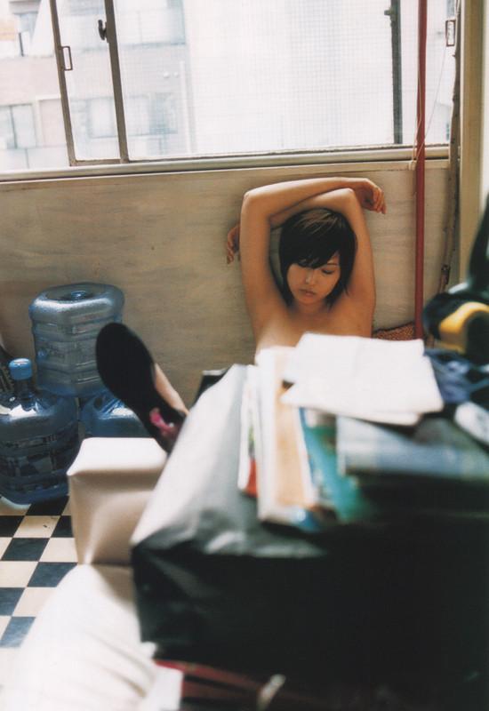 月刊 三津谷葉子 写真集 tyutyuru-gemitsuya042