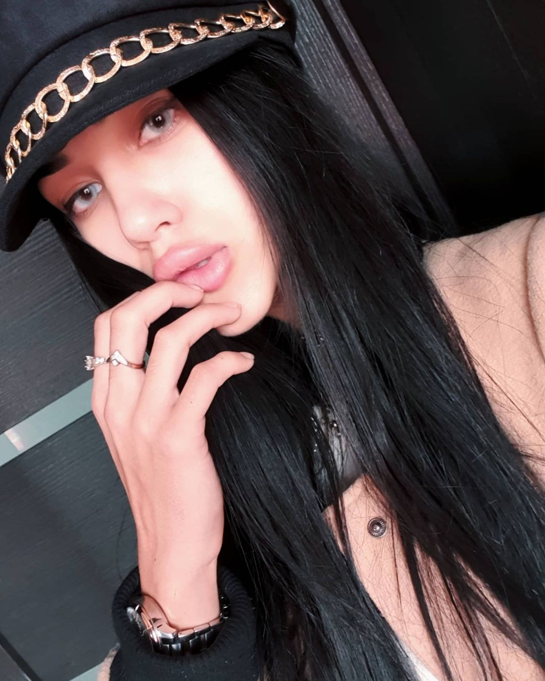 Fatima-Nezhdanova-Wallpapers-Insta-Fit-Bio-12