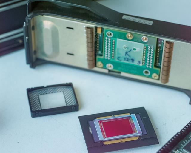 57 ISO 200 Aperture F Shutter 125 Lens mm Exposure M Program HF Exp Comp 1 0 Meter area Mtrx Flash s
