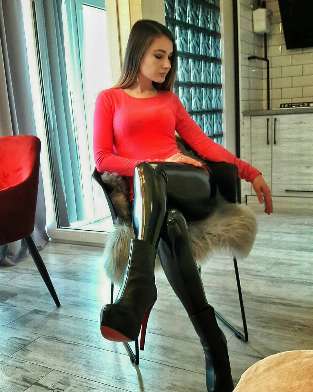 Olga-Madych-Wallpapers-Insta-Fit-Bio-1