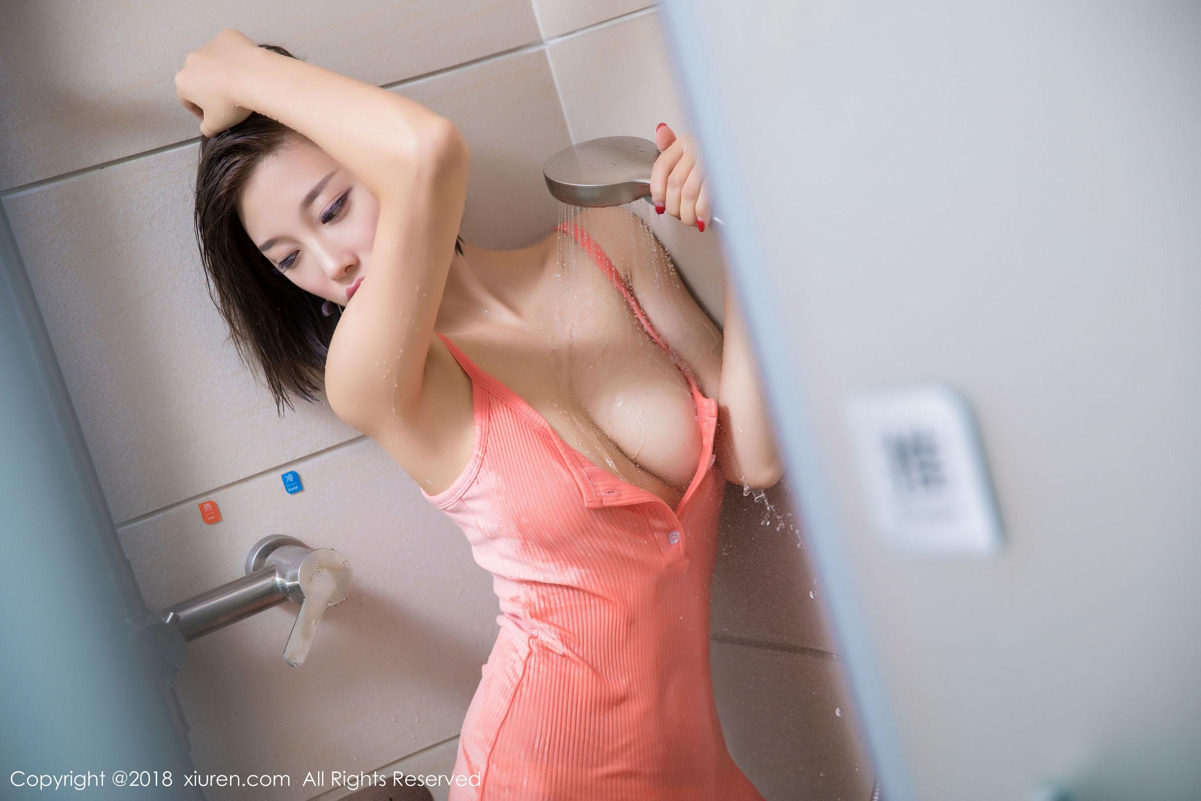 [XIUREN秀人网] No.1033 杨晨晨sugar - 黑丝兔女郎+浴室湿身