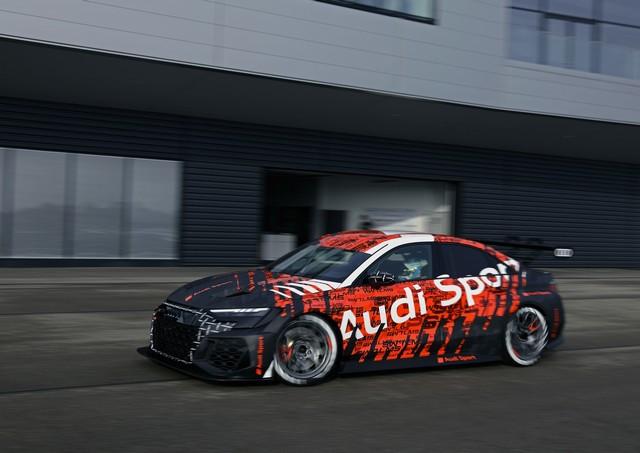 Première mondiale de la nouvelle Audi RS 3 LMS A210718-medium