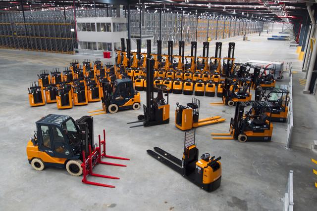 складское оборудование подъемники