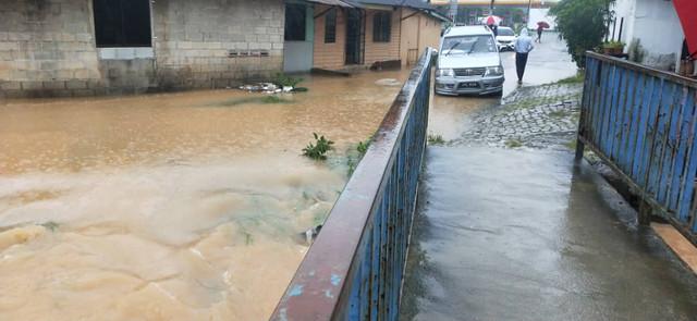 Flood Aid.jpg