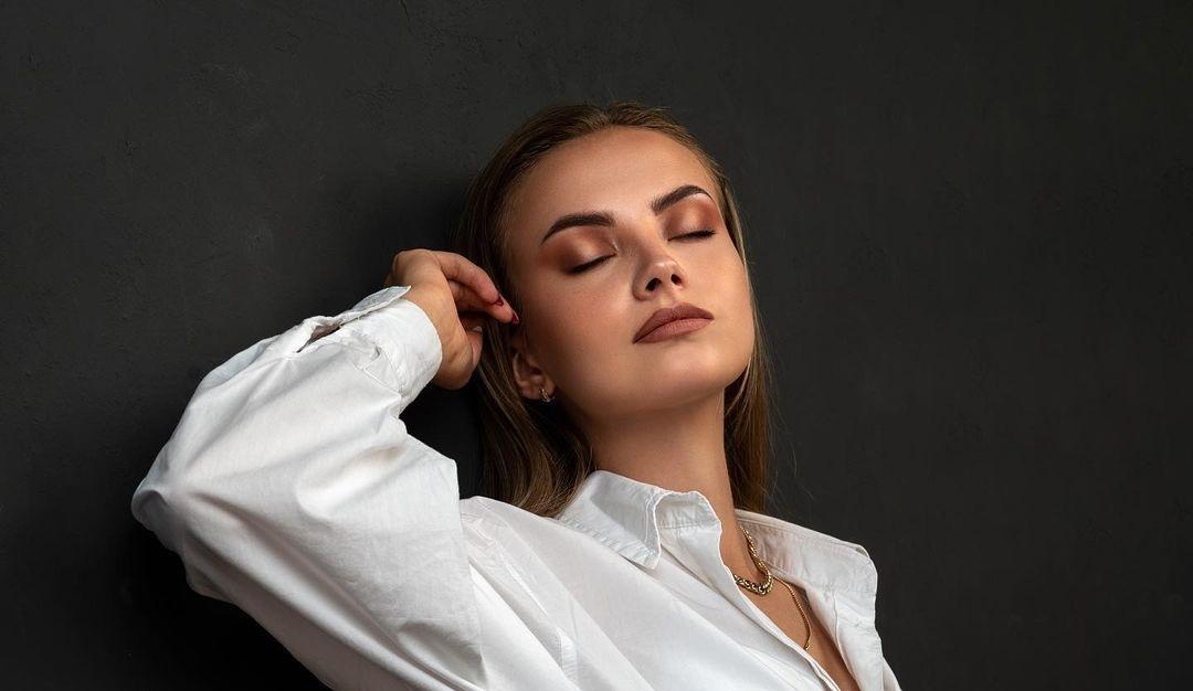Anastasia-Fefilova-Wallpapers-Insta-Fit-Bio-12