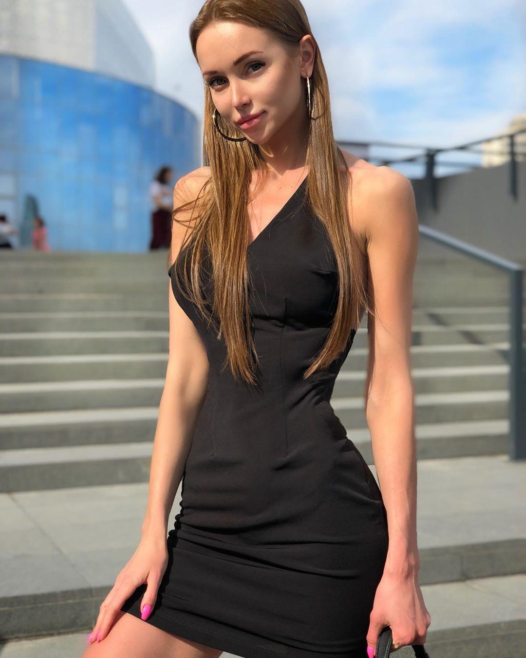 Yuliya-Baby-Wallpapeers-Insta-Fit-Bio-13