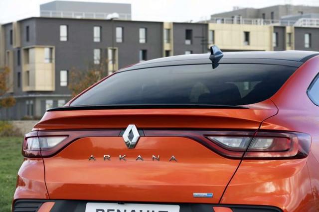 2019 - [Renault] Arkana [LJL] - Page 32 7-C035-B0-D-7280-4-C59-8-AA7-47112-E03-D2-C9