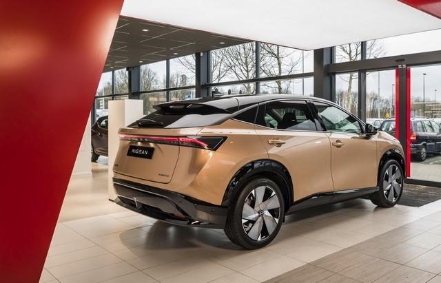 Nissan déploie son nouveau logo dans son réseau de concessionnaires européens DSC0057-source