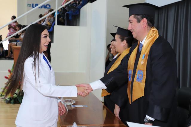 Graduacio-n-Medicina-149