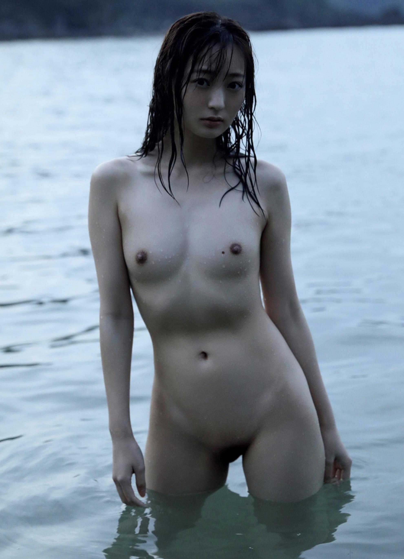 Wada-Hitomi-100511