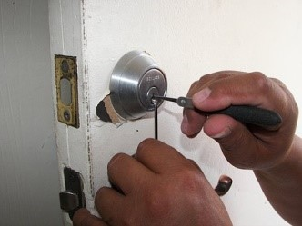 locksmith in Roswell