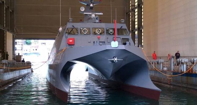 Taiwan-Experimental-Missile-Catamaran-Launched-in-Taiwan-1-770x410