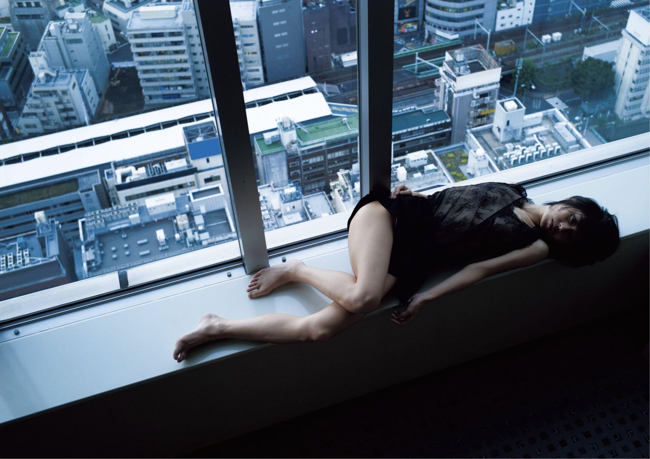 芳野友美ファースト写真集『或る女』083