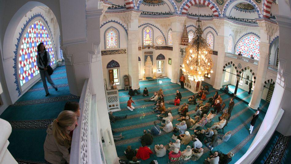 المساجد تفتح ابوابها في المانيا لدعوة غير المسلمين