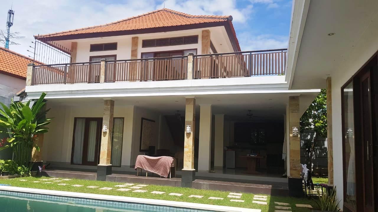 3 BEDROOMS OPEN LIVING ROOM IN UMALAS - BALI