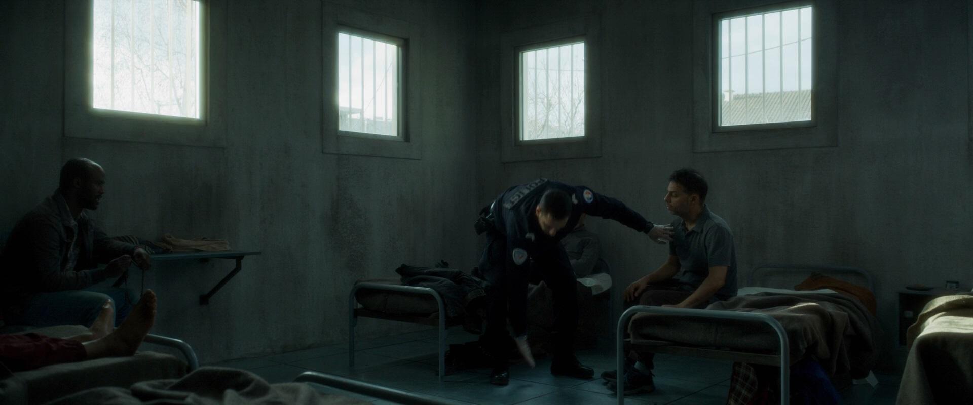 Police | 2020 | m720p - m1080p | BluRay | Türkçe Altyazılı | Tek Link