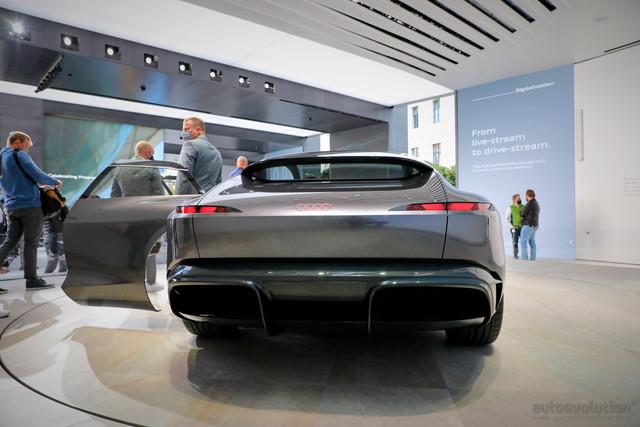 2021 - [Audi] Grand Sphere  - Page 2 B9-E38292-F1-E0-43-B2-8466-6-D6-A2-D291701