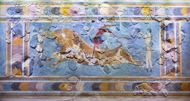 1920px-Wall-painting-of-male-and-female-taureadors-from-Knossos-Court-of-the-Stone-Spout-Heraklion-A.jpg