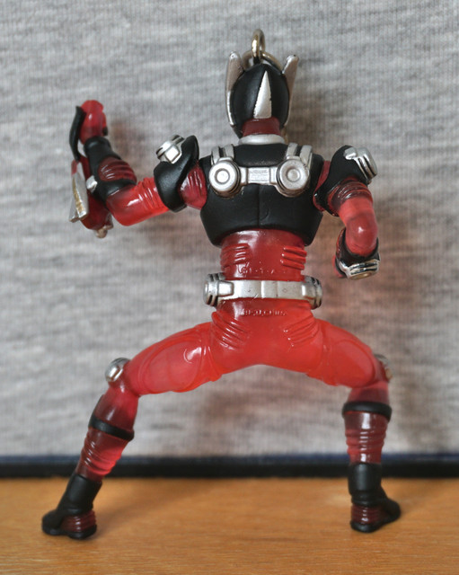 https://i.ibb.co/3Mg17WQ/ryuki-ryuki-back.jpg
