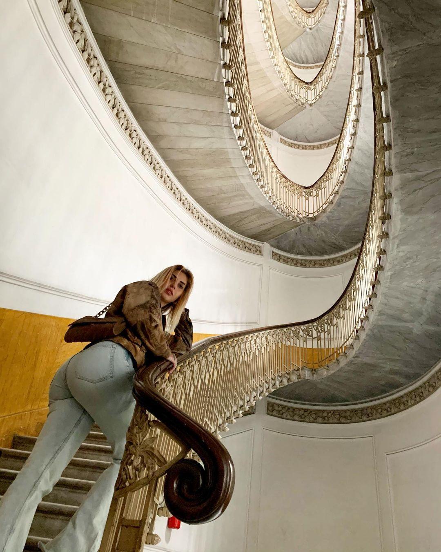Ludovica-Melisurgo-Wallpapers-Insta-Fit-BIo-21