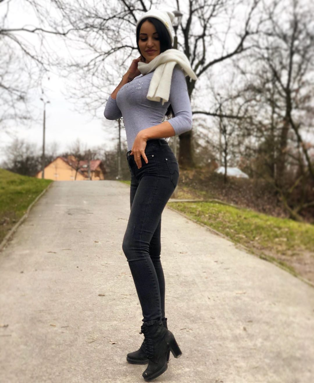 Natalia-Fitnesska-Wallpapers-Insta-Fit-Bio-5