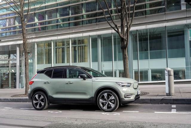 Volvo Cars reçoit la notation de performance la plus élevée en matière de développement durable de la part d'EcoVadis 276782-Volvo-XC40-Recharge-P8-AWD-100-lectrique
