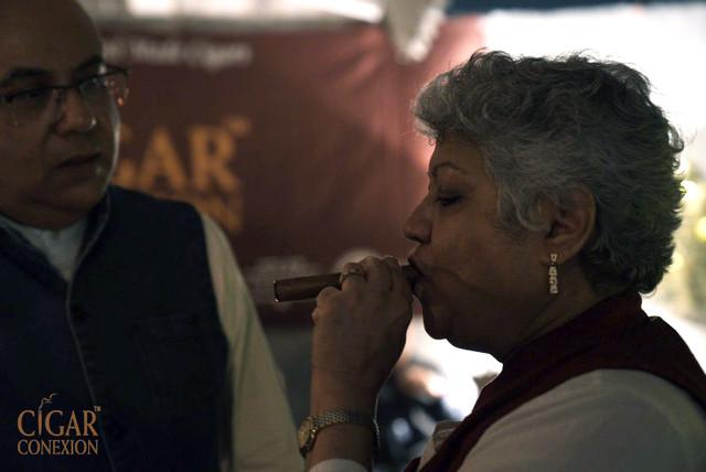 cigar and malt delhi lounge