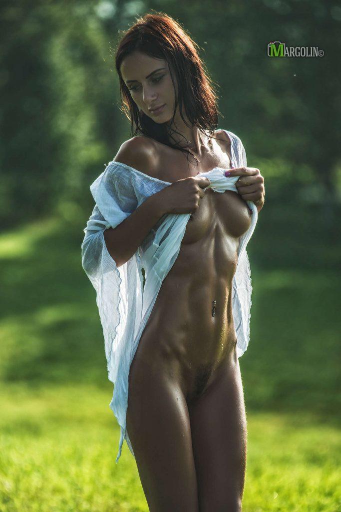 Voyeur-Flash-com-Anastasia-Appolonova-nude-1-683x1024