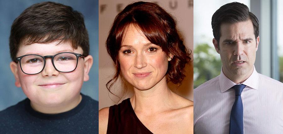 Archie Yates, Ellie Kemper y Rob Delaney. Imágenes: IMDB.