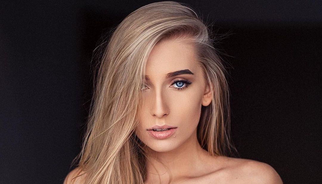 Aleksandra-Mucha-Wallpapers-Insta-Fit-Bio-13