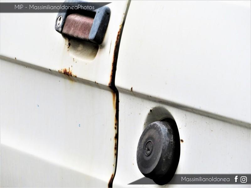 avvistamenti auto storiche - Pagina 23 Fiat-126-650-23cv-83-CTA50306-9