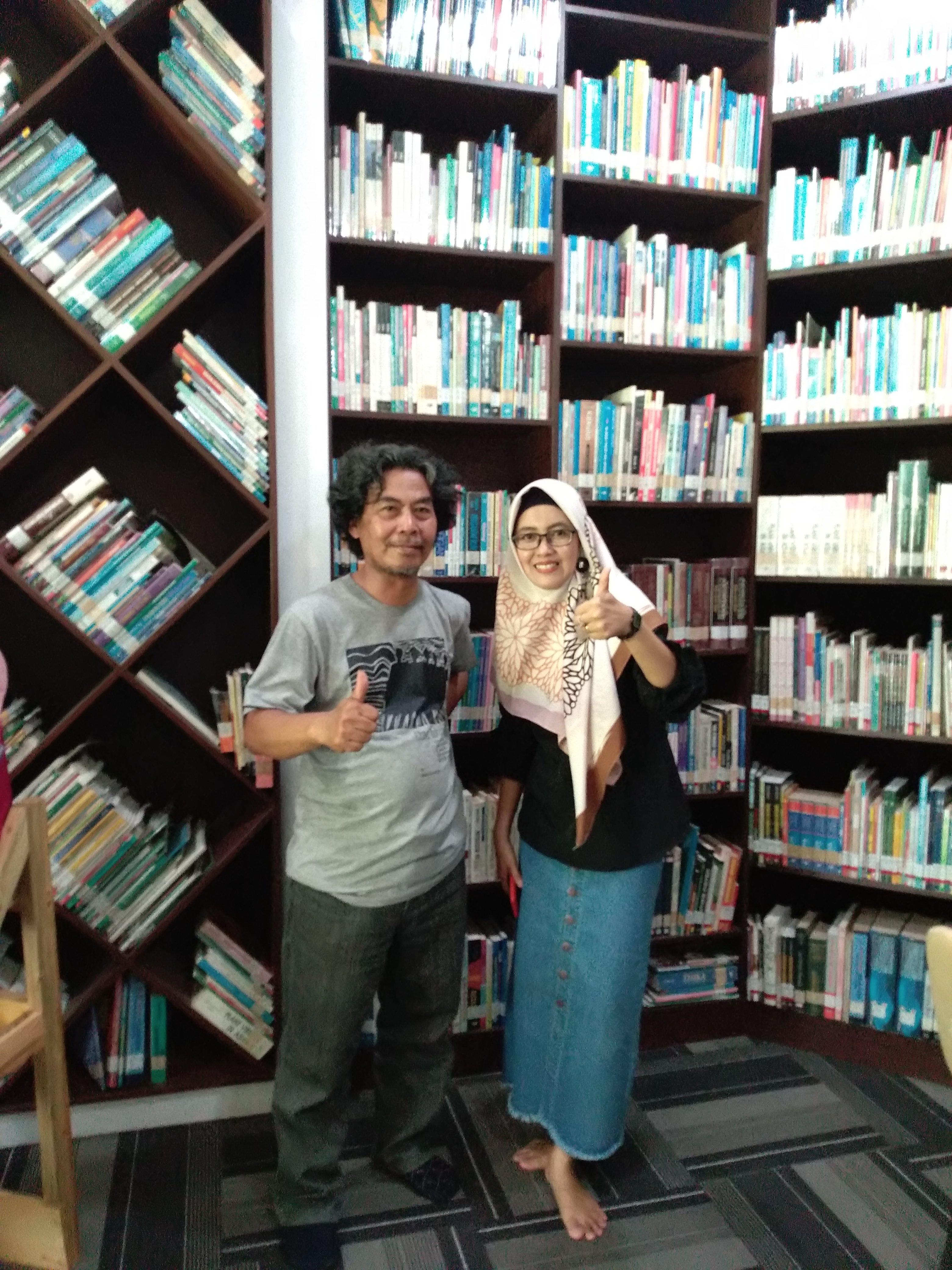 bersama-sastrawati-Hudan-Nur-dari-Banjarbaru-Kalsel