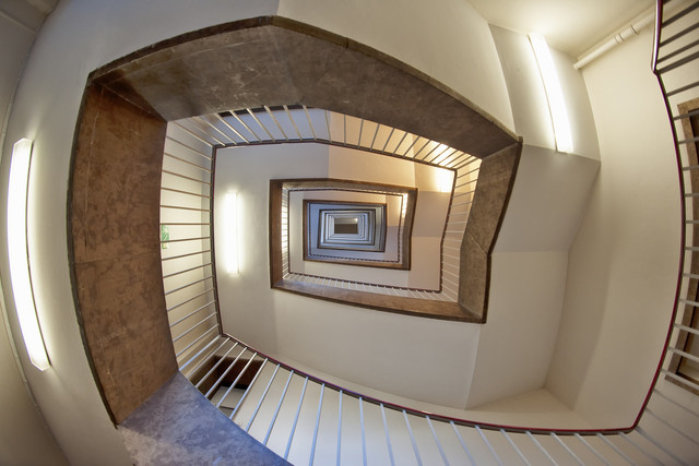 staircase-1590582-1920