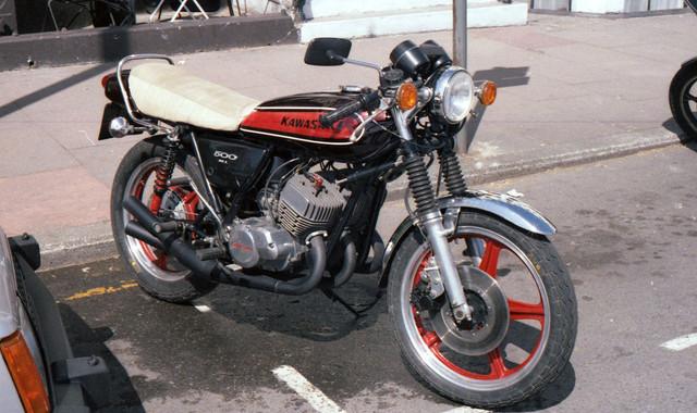 [Image: 1984-Isle-of-Man-Kawasaki-500.jpg]