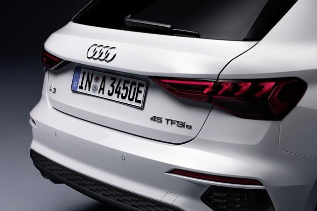 Hybride compacte avec une puissance de 245ch : l'Audi A3 Sportback 45 TFSI e A208941-medium
