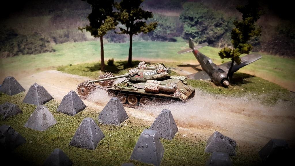 Arminaces Russen - Seite 2 Arminace-T-34-85-2