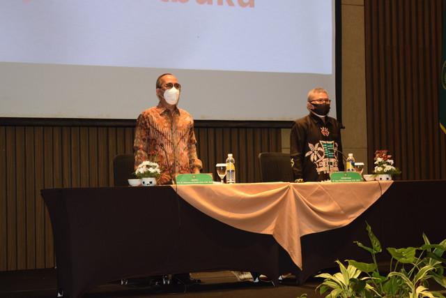 Pembukaan Bimbingan Teknis Kesekretariatan Tahun 2021 Se-Wilayah Hukum PTA Surabaya