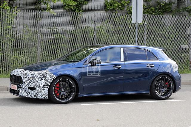 2022 - [Mercedes-Benz] Classe A restylée  2-B0782-C4-29-CF-4-E78-9861-BF9-BAEF4-E6-C0