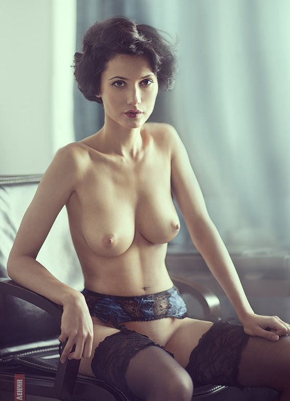 Ulyana-Ashurko-nude-35