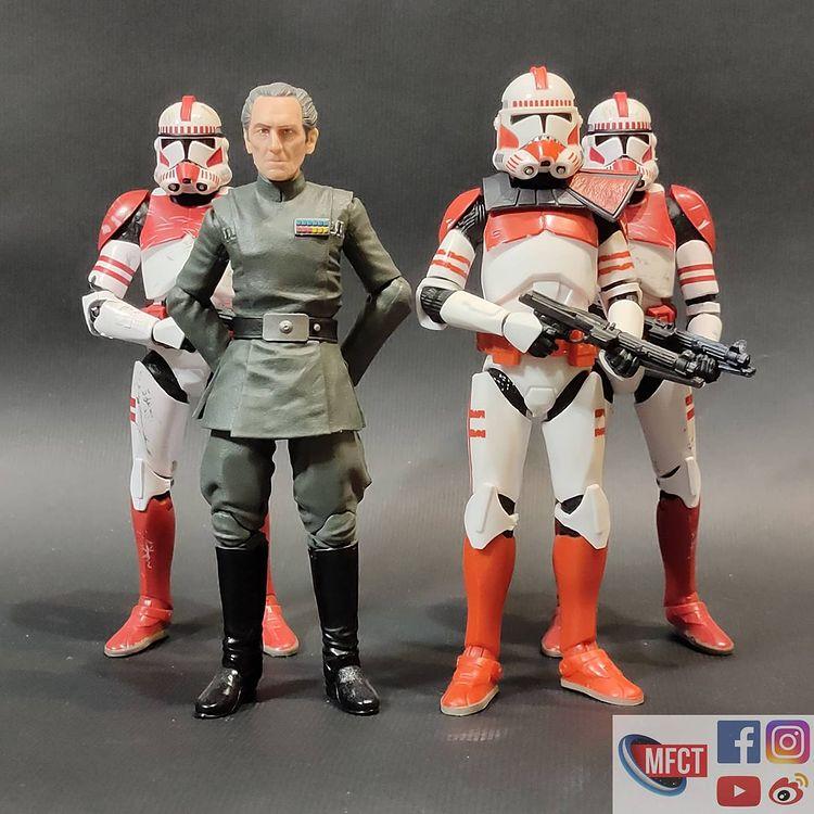 BS-Imperial-Shock-Clone-Trooper-The-Bad-Batch-In-Hand-Loose-8.jpg
