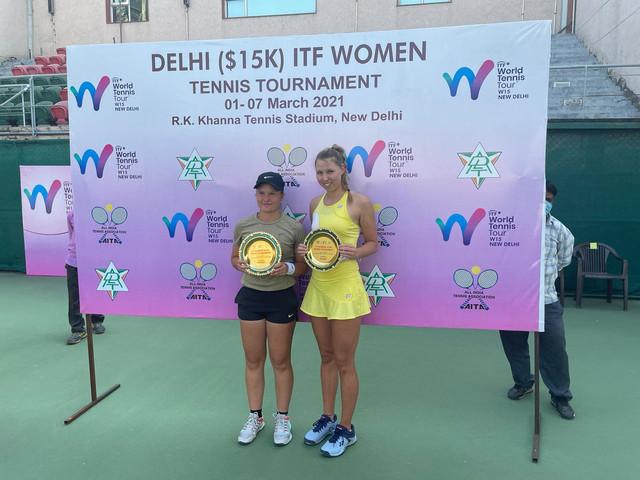 Pia1 - ITF: Lovričeva v New Delhiju do naslova v dvojicah, v nedeljo lovi dvojno krono (FOTO + VIDEO)