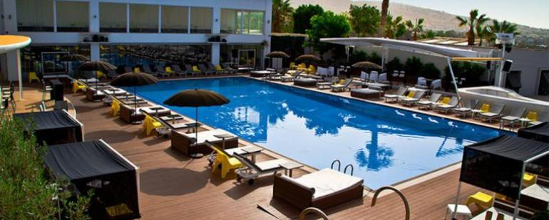 Mansion Pool Bar Cafe