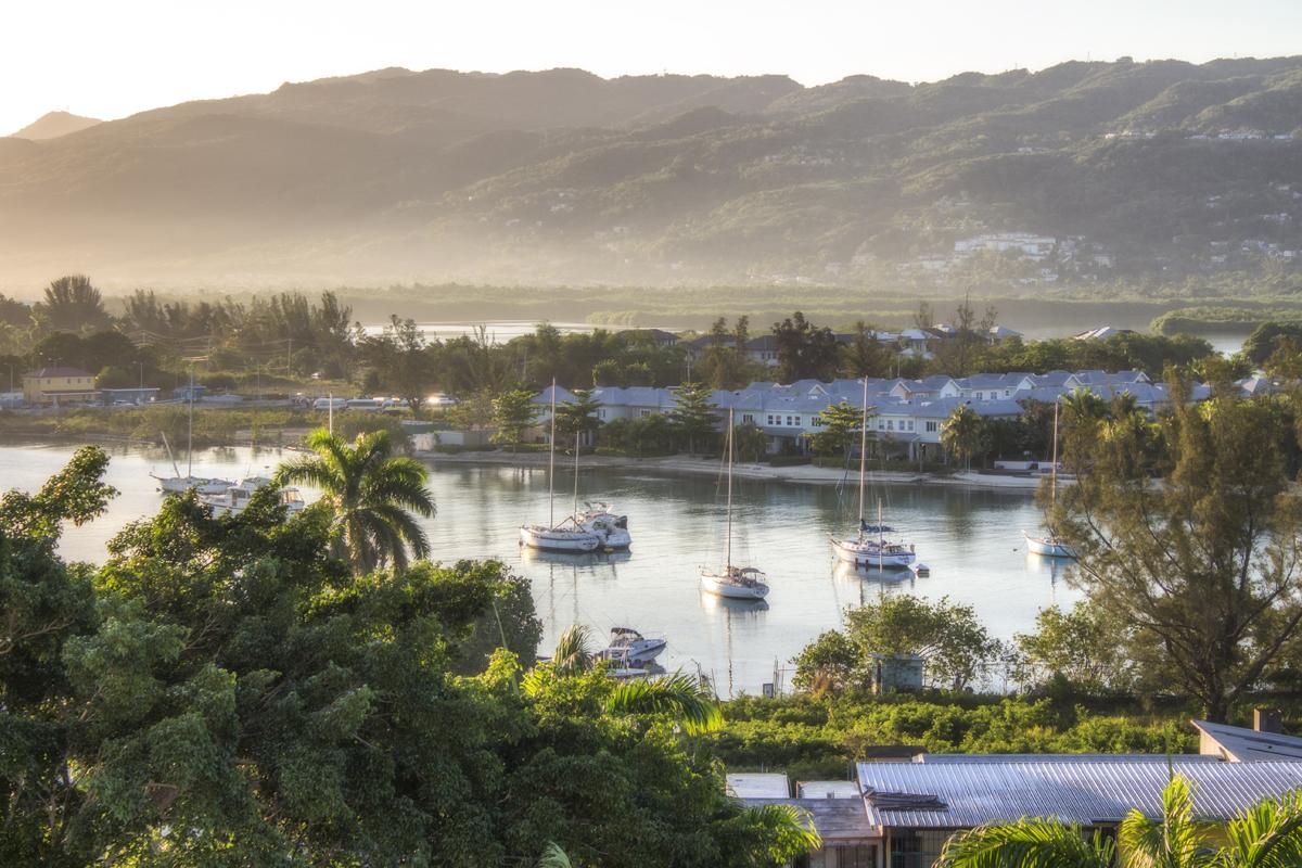 Ямайка 2019 - фото и видео с дрона, автобуса, подводные